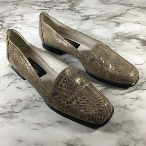 Vintage Stuart Weitzman Snake Skin Square Toe Shoe